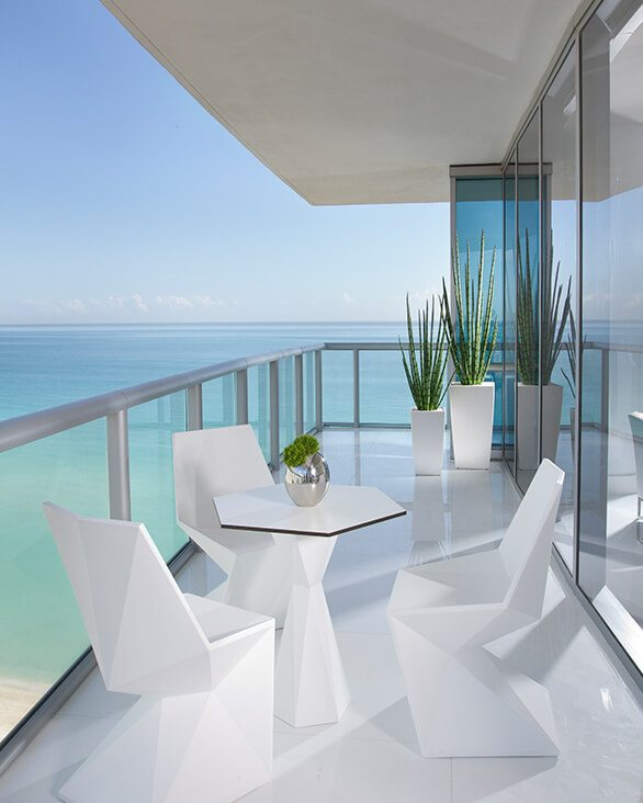 Jade Ocean - Britto Charette Luxury Design featured on HOUZZ